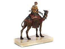 Detail images: Wiener Bronze eines Kamelreiters