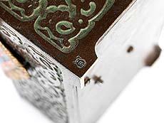 Detail images: Wiener Bronze mit Spieluhr