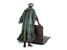 Detail images: Wiener Bronze eines orientalischen Teppichverkäufers