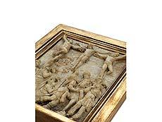 Detail images: Alabaster-Hochrelief mit Golgatha-Szenerie