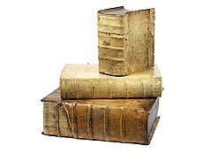 Detail images: Drei Bücher