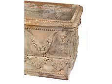Detail images: Terrakottagartengefäß