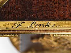 Detail images: Spieltisch