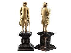 Detail images: Paar Elfenbeinfiguren