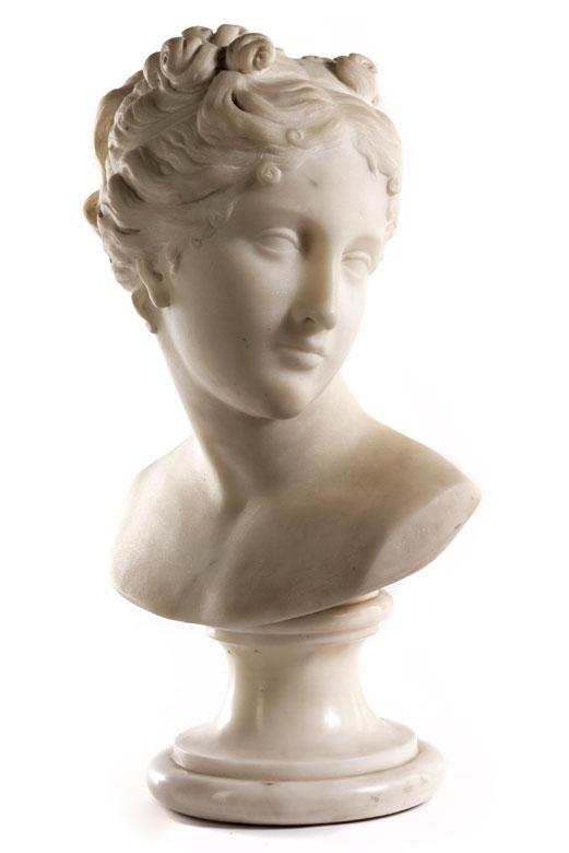 Klassizistische weibliche Büste