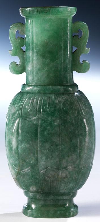 Feine, grüne Jadevase