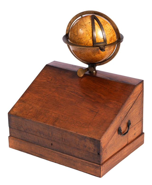 Seltener Himmelsglobus im originalen Holzkasten