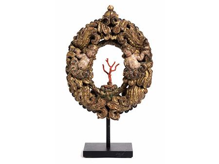Kunstkammerobjekt mit Koralle