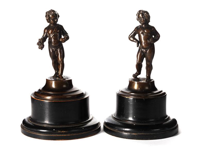 Paar italienische Bronzestatuetten