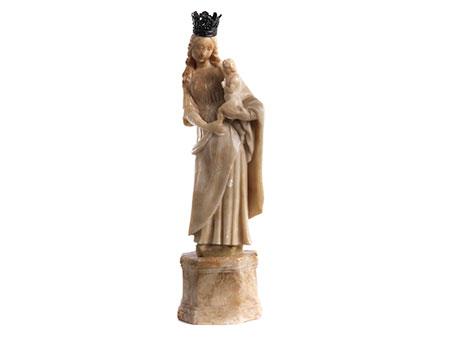 Alabasterfigur einer Madonna mit dem Kind
