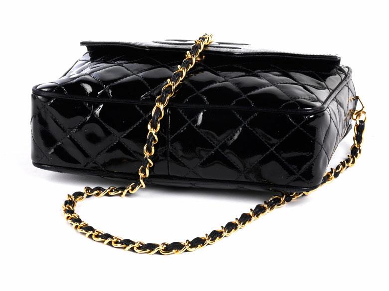 "Detail images:  Chanel Handtasche ""Camera"""