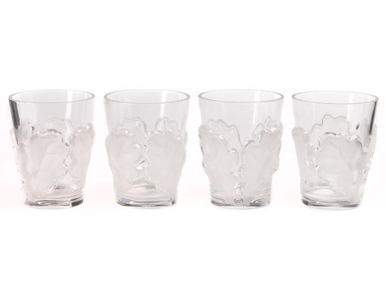 Satz von vier Lalique-Gläsern mit Eichenlaubdekor
