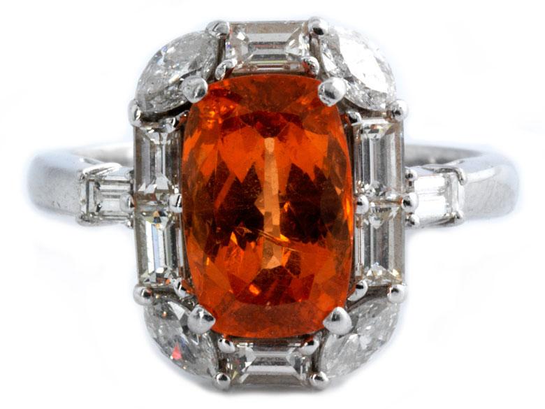 Mandarin-Granat-Diamantring