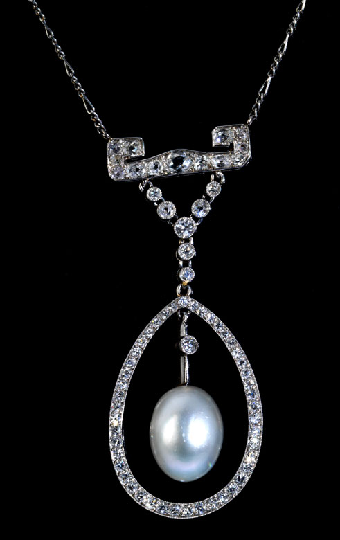 Naturperl-Diamantcollier