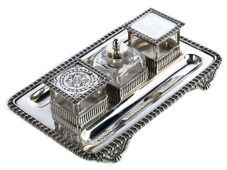 Englisches Schreibzeug in Silber