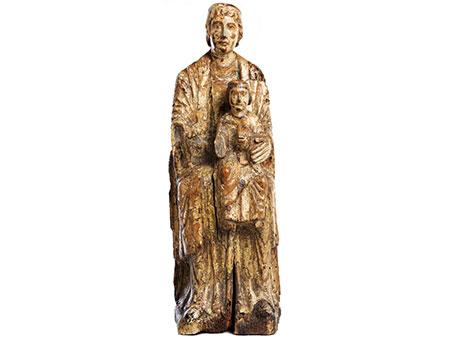Frühgotische Schnitzfigur einer Madonna mit Jesuskind