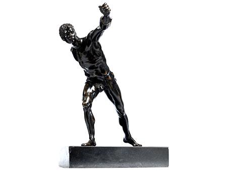 """Bronzefigur des """"Borghesischen Fechters"""""""