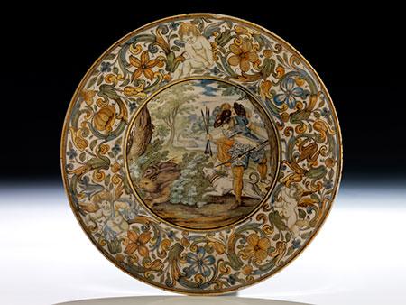 Tiefer Majolika-Teller von Carlo Antonio Grue, 1655 - 1723, und Werkstatt