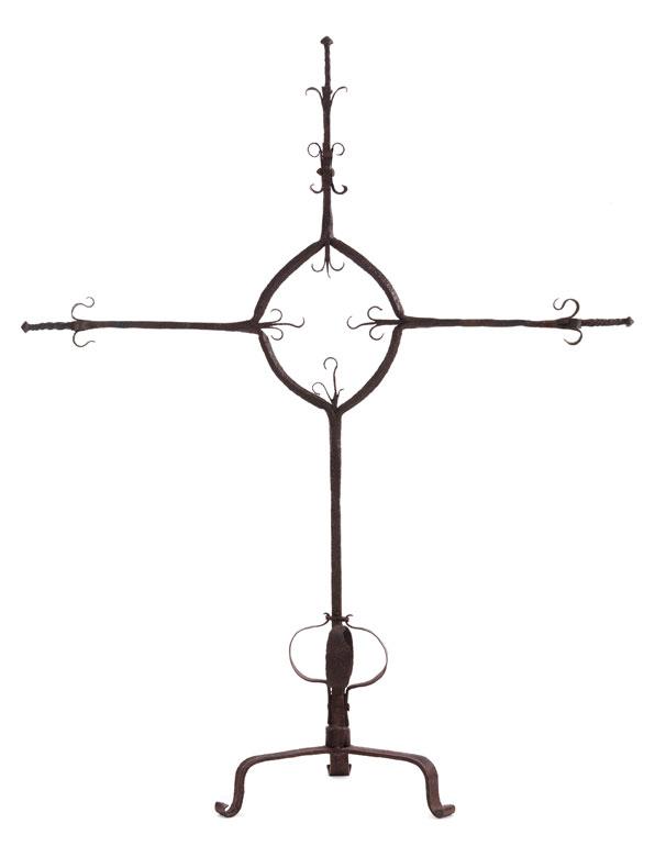 Großes Schmiedeeisenkreuz