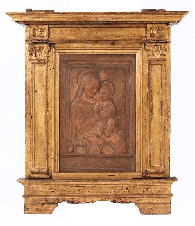 Relief mit Madonna und Kind