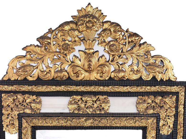 gro er spiegel auction. Black Bedroom Furniture Sets. Home Design Ideas