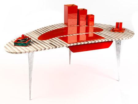 Außergewöhnlicher Schreibtisch mit Schlangenlederbezug