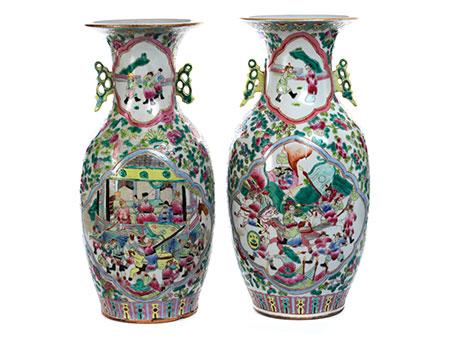 Paar Famille Rose-Vasen
