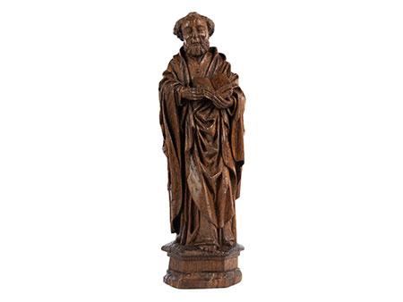 Schnitzfigur des Heiligen Petrus