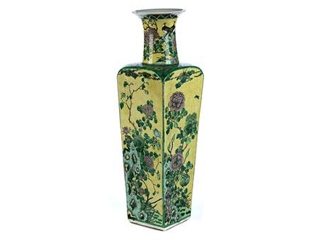 Große Famille Verte-Vase