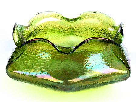 Grüne Glasschale
