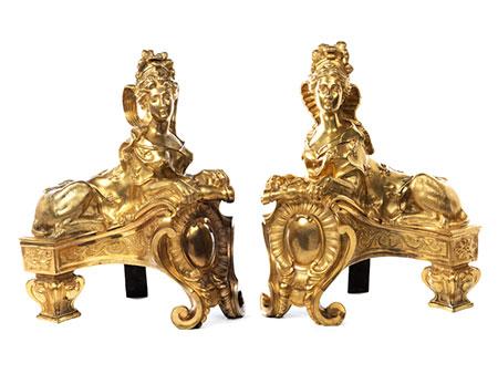 Paar Kaminböcke mit Sphingendekor
