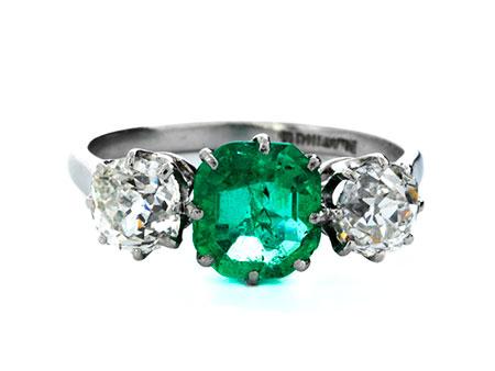 Smaragd-Diamantring