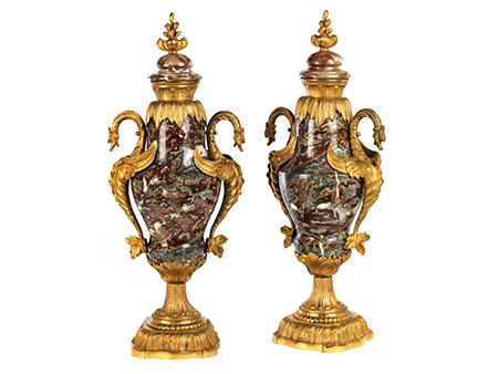 Paar Napoleon III-Marmorvasen