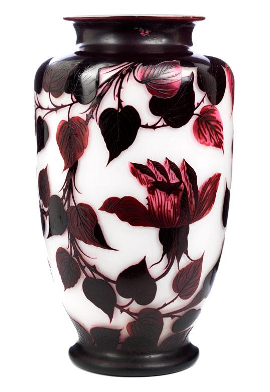 Loetz-Vase mit Rosen