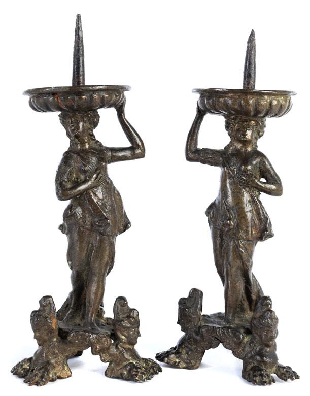 Paar figürliche Bronzeleuchter