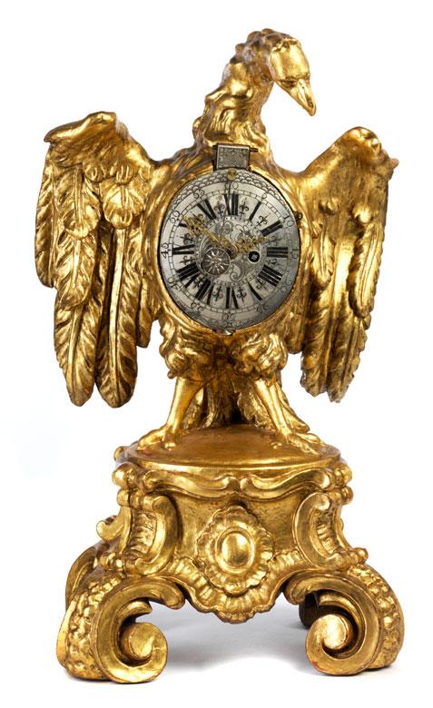 Dekorative Tischuhr in Form eines Adlers