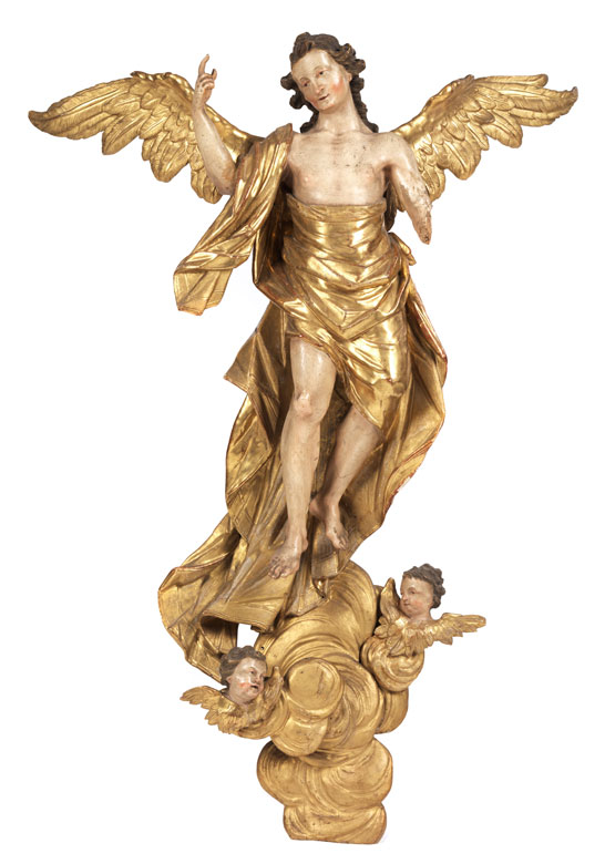 Großer geschnitzter Engel