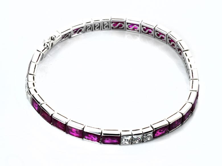 Rubin-Diamantarmband