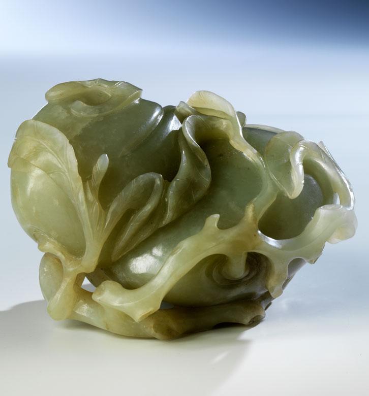 Jade-Pfirsiche und -Fledermäuse