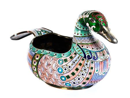 Cloisonné-Ente als Kovsch