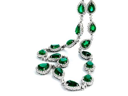 Smaragd-Brillantcollier