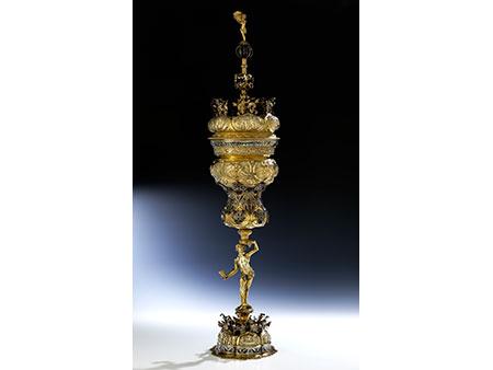 Außergewöhnlich großer Pokal in Renaissance-Stil