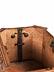 Detailabbildung: Seltene, äußerst schön gearbeitete Deckeltruhe mit Geheimverschluss und Reliefschnitzereien