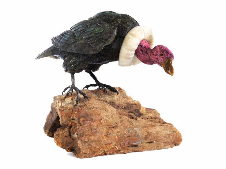 Tischskulptur eines Kondors auf Felssockel