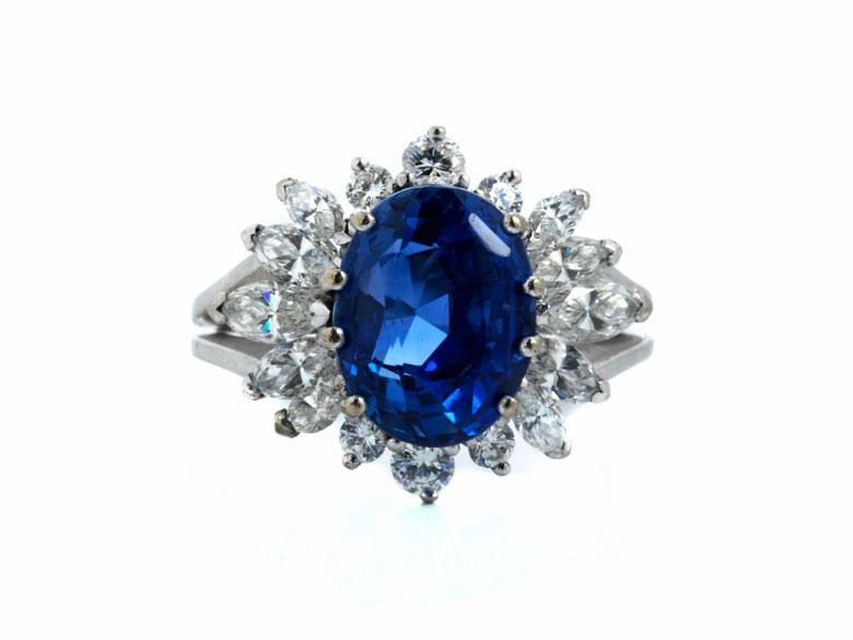 Saphir-Diamantring von Gübelin