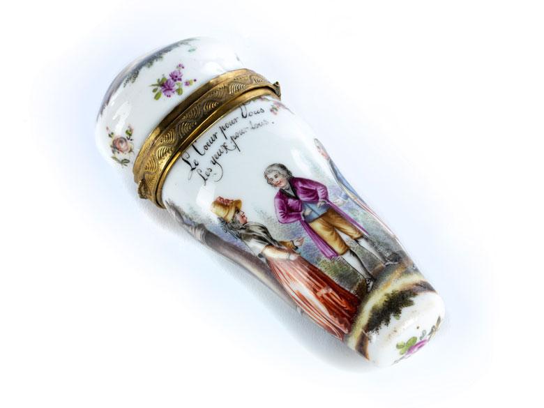 Französische Porzellantabatière