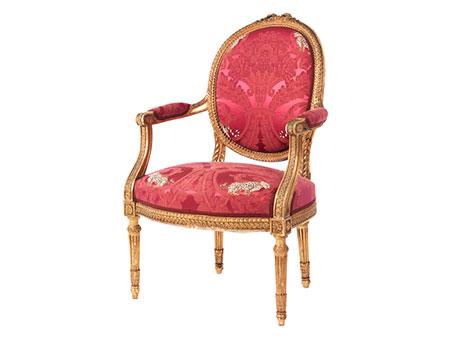 Armlehnstuhl im Louis XVI-Stil