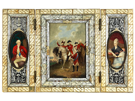 Triptychon-Elfenbeinmalerei in reich dekoriertem Elfenbein-, Bein- und Perlmuttrahmen