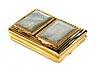 Detailabbildung: Goldene Rechteckdose mit zwei Klappdeckeln