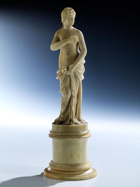 Elfenbeinfigur einer Venus